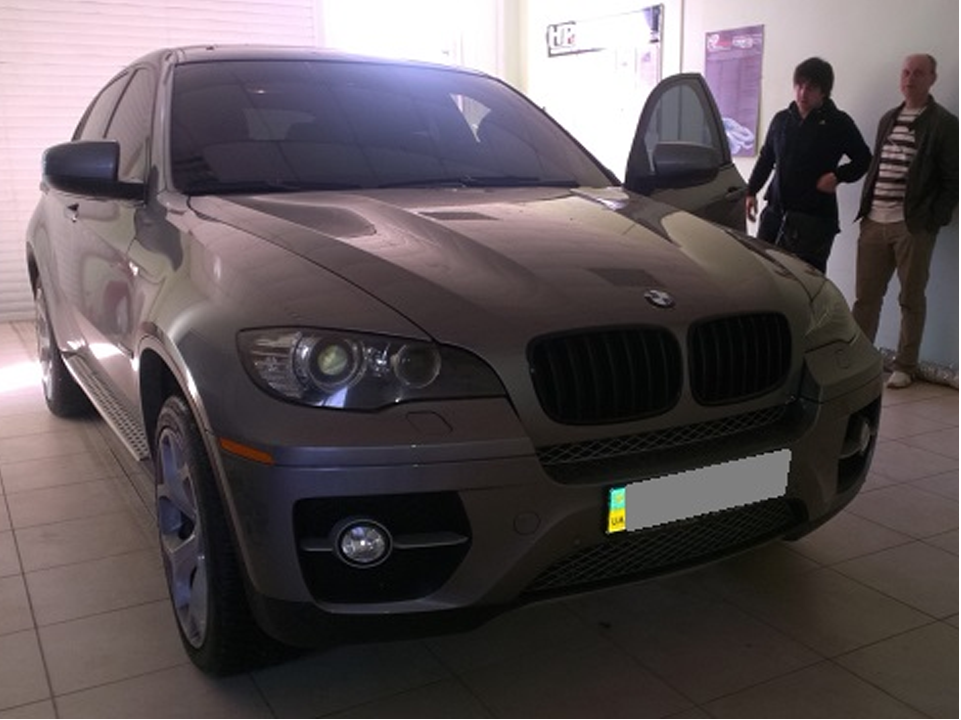 /Content/OurWorks/BMWX6(E71)5.0SI.png