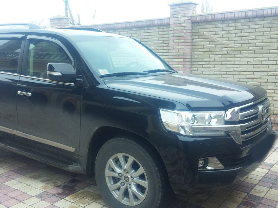 Toyota Land Cruiser 200 4.5 2016